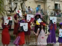 flashmob artita durante l'infiorata di Noto