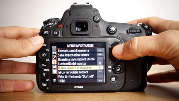 pulizia sensore automatica fotocamera integrato