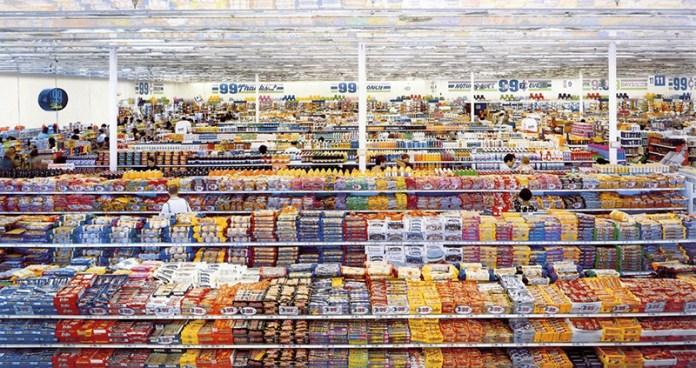 andreas-gursky-99-cent-2001-fotografia piu cara
