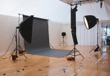 fotografare con softbox e ombrelli fotografia come diffondere luce flash studio e esterni