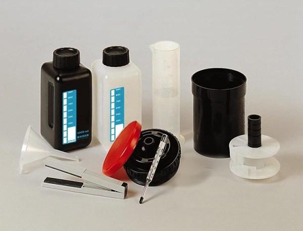 kit attrezzatura essenziale per sviluppo in casa negativo copia