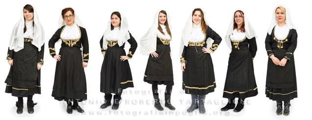 Aliano (MT) , 04 marzo 2014 (martedì grasso). Da sinistra verso destra: Serra Teresa Daliva, Erica Langone, Claudia Gina Fanelli, Annarita Sassone, Teresa Lardino, Antonella Berardi, Angela Berardi.
