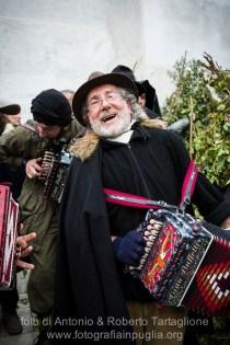 Satriano di Lucania (PZ), sabato 1 marzo; musicisti di strada