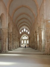 Abbaye de Fontenay (Mittelschiff)