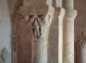Bussy St. Antonin (Säulen mit individuellen Kapitellen))