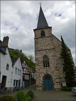 Katholische Kirche in Monreal