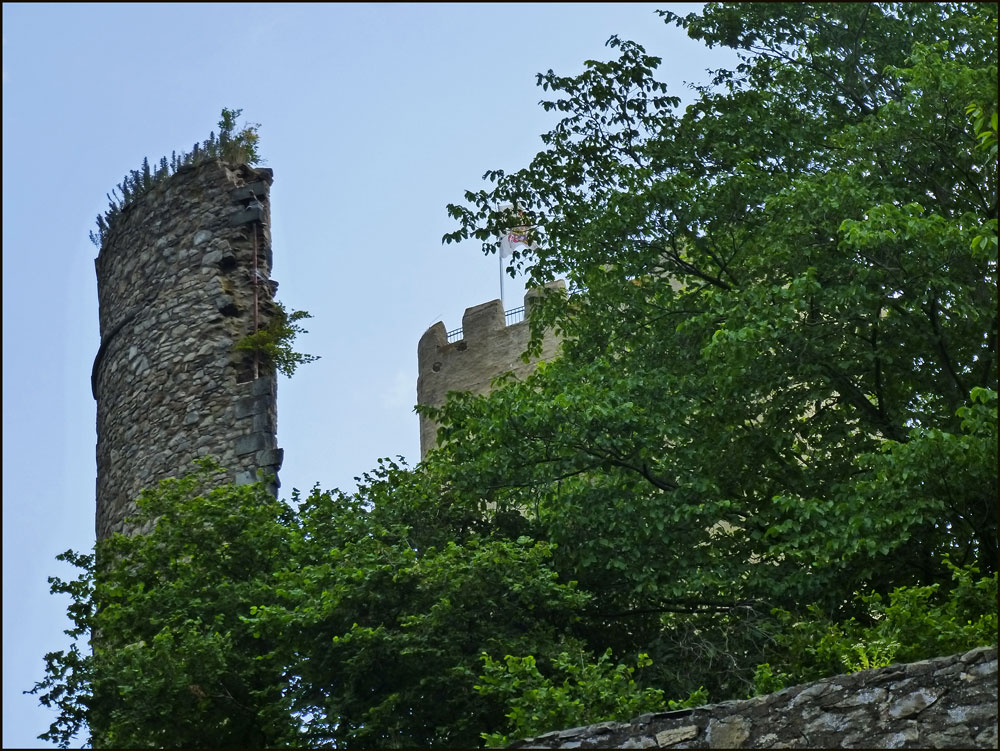 Kempenich und Burg Olbrück