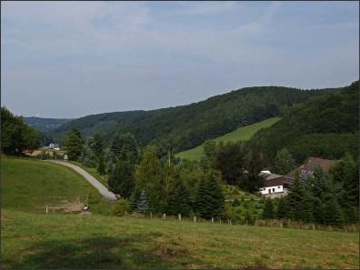 Felderbachtal in der Elfringhauser Schweiz