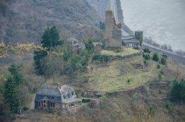 Burg Klotten oder Burg Coraidelstein, Ruine einer Hangburg vermutlich aus 960, wurde bis 1830 bewohnt