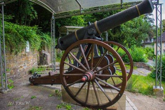 Kölner Kanonen aus dem Deutsch-Französischen Krieg 1870/1871 die bis Ende des ersten Weltkrieges in Köln auf dem Heumarkt standen