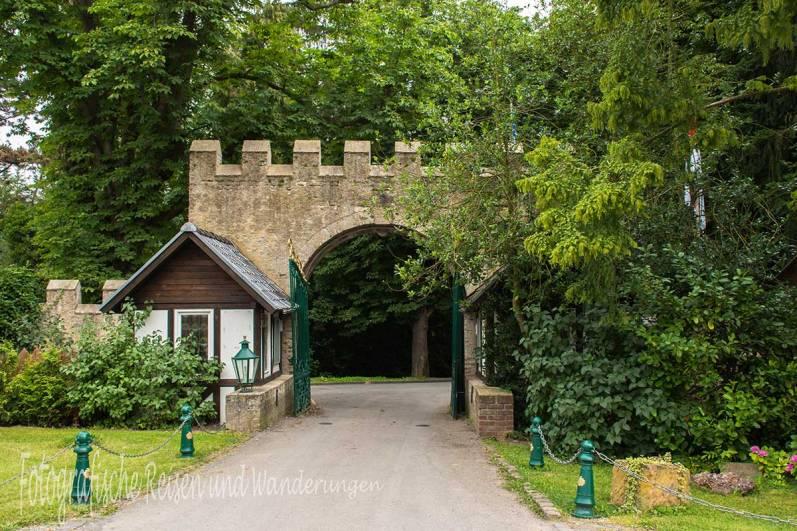 Eingang Burg Satzvey