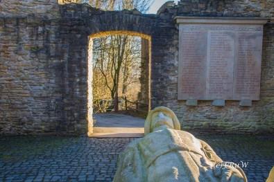 Kriegerdenkmal in der Ruine Hohensyburg