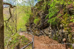 Gut gesicherte Passagen an Steinhängen