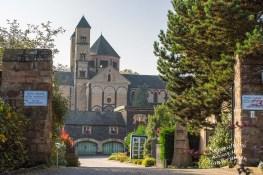Blick auf Abtei Maria Laach