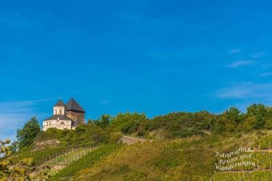 Blick auf die Matthiaskapelle vom Grittebasje Klettersteig