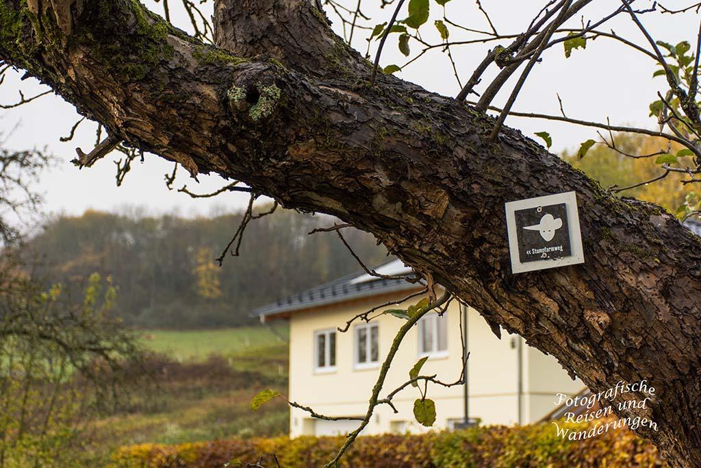 Symbol des Stumpfarmweg