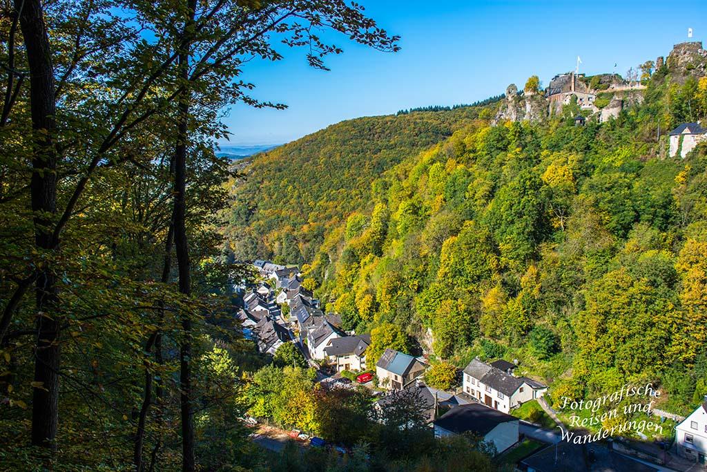 Blick auf Thalveldenz und Schloss