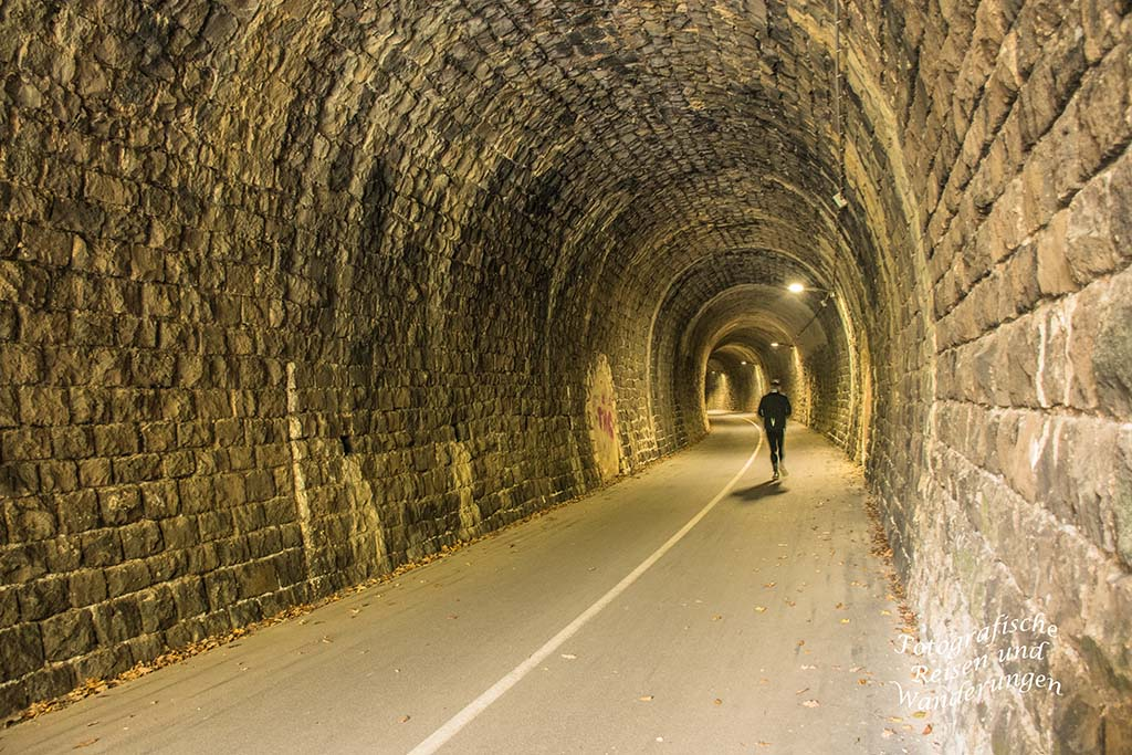 Tunnel Hausen 2