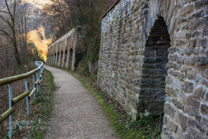 Aussichten und eine Burgruine an der Ahr (30)