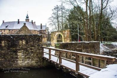 Burg Vischering- Außenanlagen Brücke