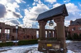 Innenbereich Burg Nideggen - Brunnen
