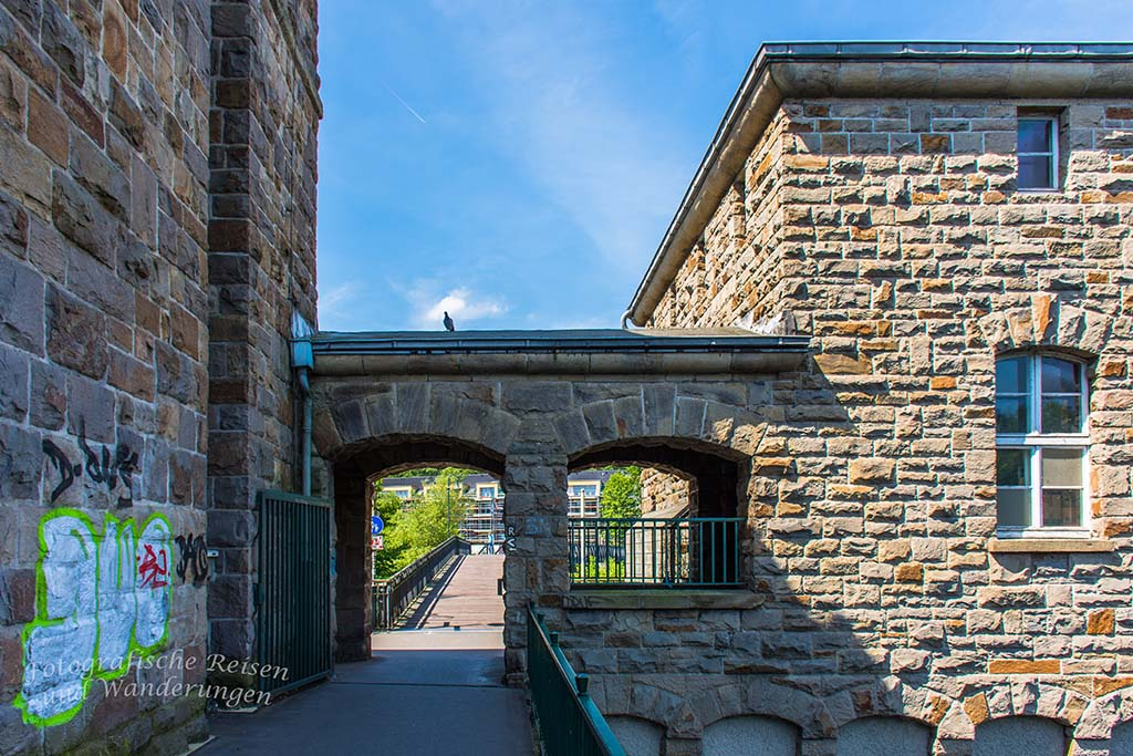 Durchgang zur Kassenbergbrücke