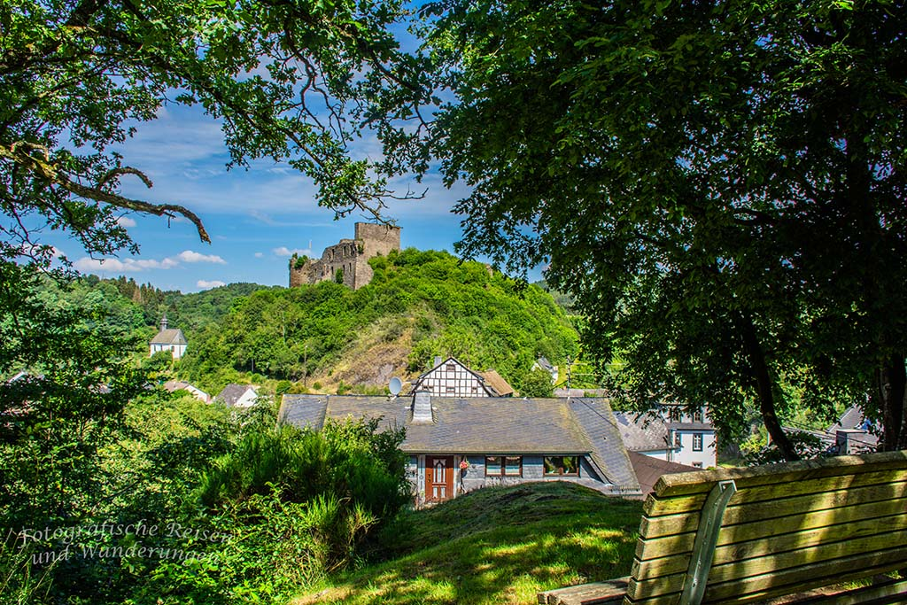 Noch einmal die Burgruine Virneburg schauen