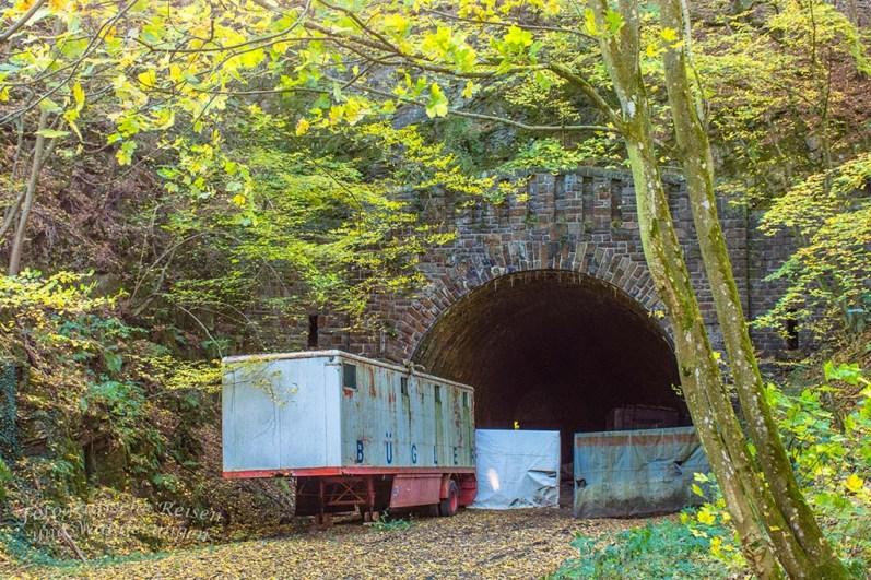 Tunnel am Ahrsteig - Über die Höhen der Ahreifel
