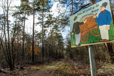 Originelle Schilder in Kölner Wäldern