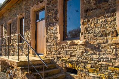 Rückseite der historischen Dorfschule