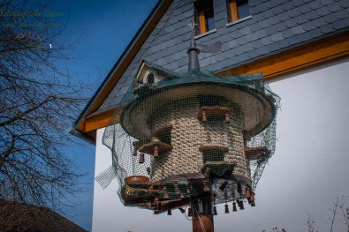 Vogelfutterhaus der besonderen Art