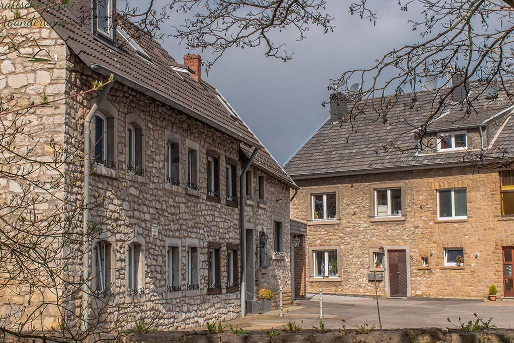 Bruchsteinhaus