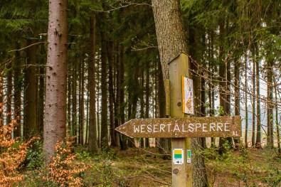 Schild zur Wesertalsperre