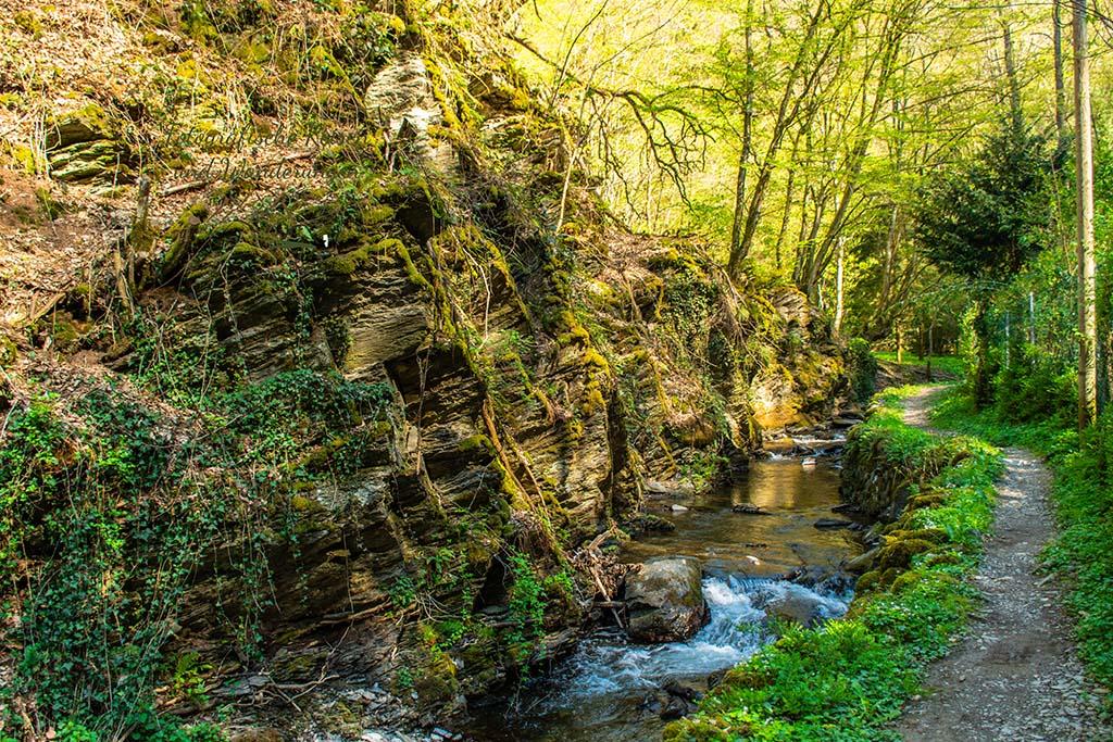 Welch herrliche Wege im Tal der Wilden Endert