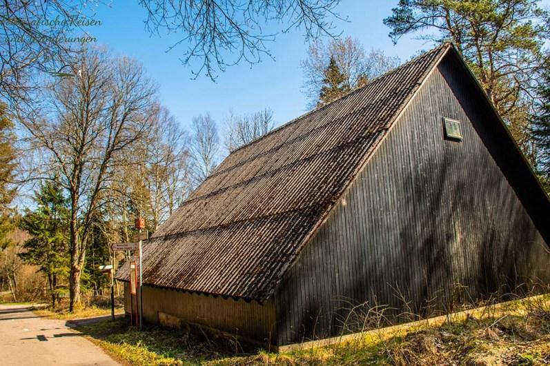 Ziemlich große Hütte