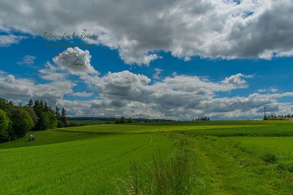 Wolken jagen über den Himmel