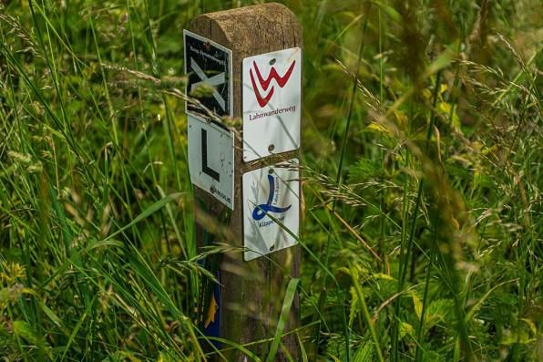 Wegezeichen Lahnwanderweg und Küppeltour