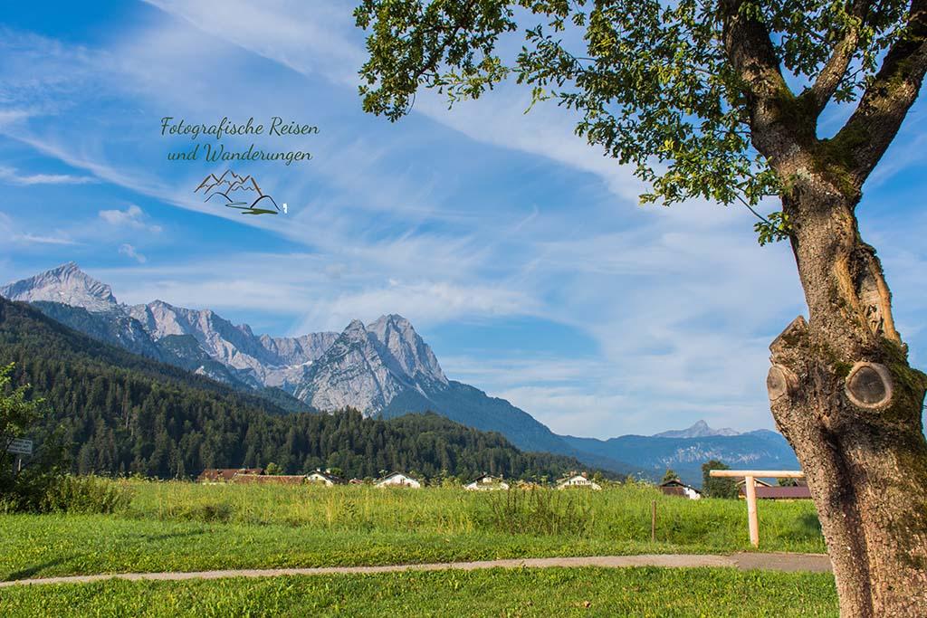Um die Zugspitze von Garmisch durch die Partnachklamm nach Klais