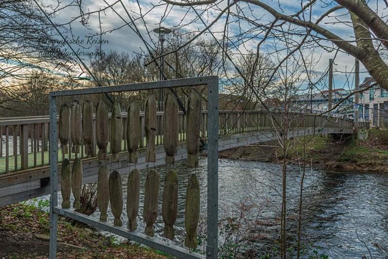 Fußgängerbrücke über die Wupper (gesperrte bis voraussichtlich 2021)