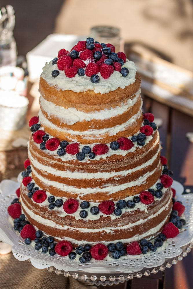 svatebni-dort-naked