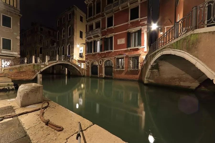 Cartoline-italia-fotografie-immagini-venezia-by-night