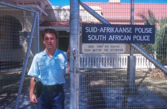 Sudáfrica, Karoo, De Rust, comisaría, retrato