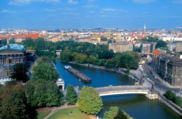 Alemania, Berlín, isla de los museos, río Spree