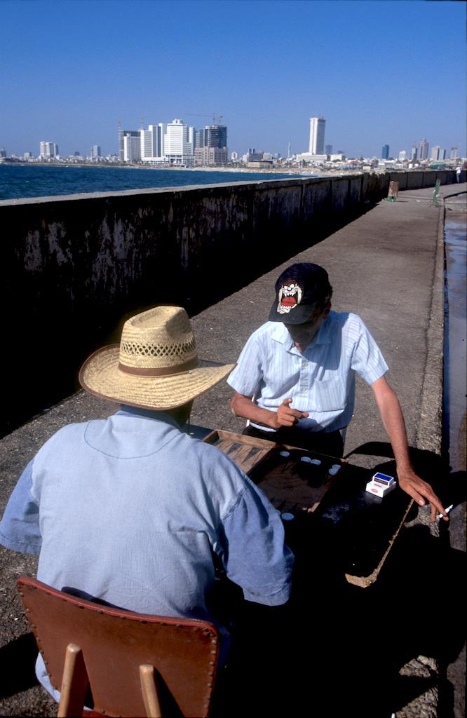 Israel, Yafo (Jaffa), Puerto, Juego de Backgammon