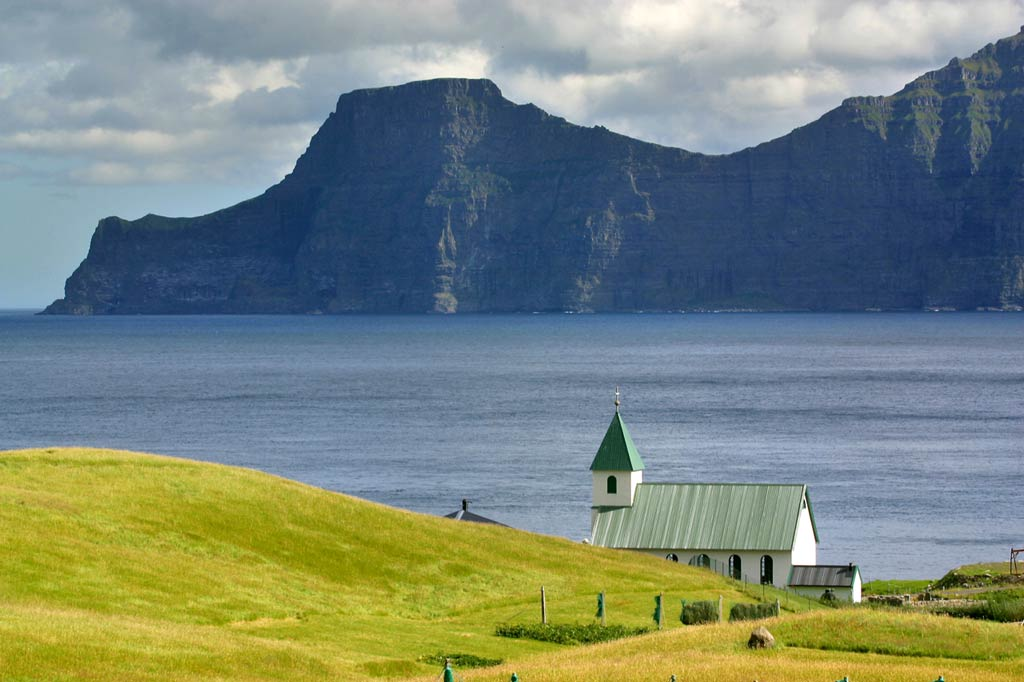 Dinamarca, Islas Feroe, Isla Eysturoy, Isla Kalsoy