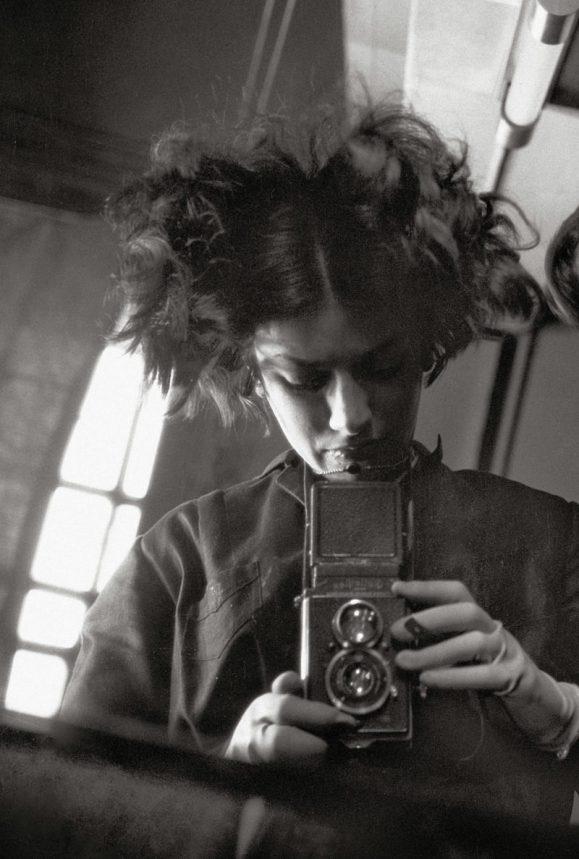 Eva Besnyö, Selbstportrait, Berlin 1931, MAI