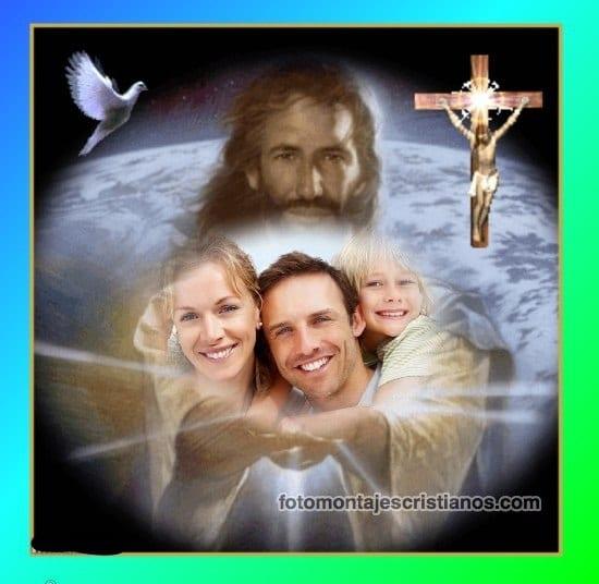 fotomontaje en las manos de jesus