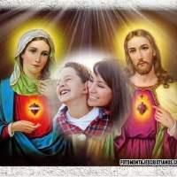 Fotomontaje con la imagen del Sagrado Corazón de Jesús y María
