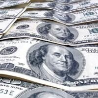 ¿Tarjeta o dinero en efectivo? La eterna duda cuando salimos al extranjero.