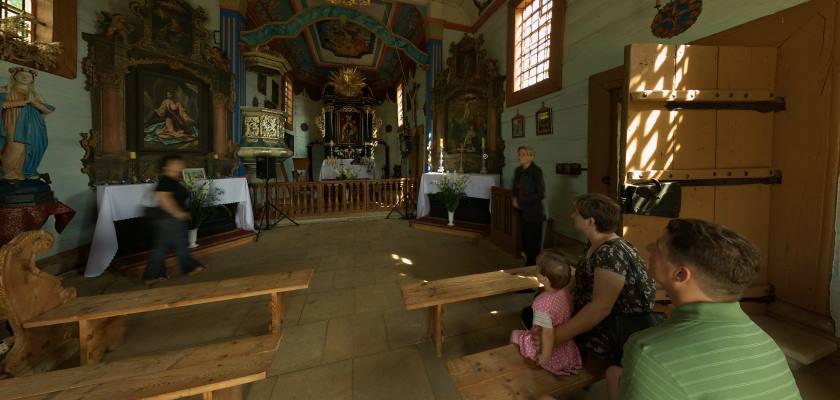 Muzeum Wsi Kieleckiej - wnętrze kościoła z Rogowa